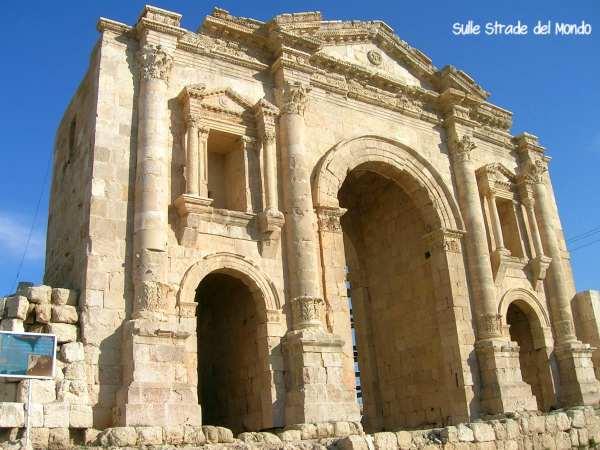 Arco di Adriano Jerash
