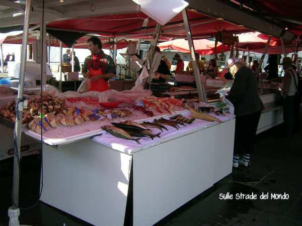 Mercato del pesce Torget