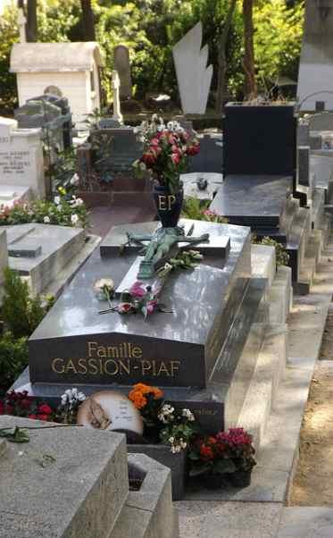 Tomba Edith Piaf
