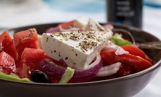 Insalata greca da mangiare ad Atene