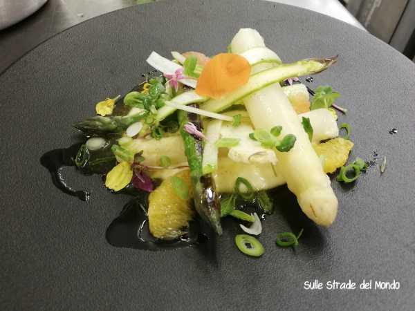 insalata di asparagi e agrumi