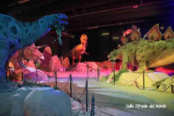 Andare a Cinecittà World a vedere dinosauri