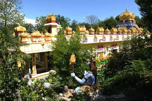 monastero induista Matha Gi- tananda Ashram di Altare