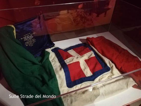 Bandiera italiana Milite Ignoto