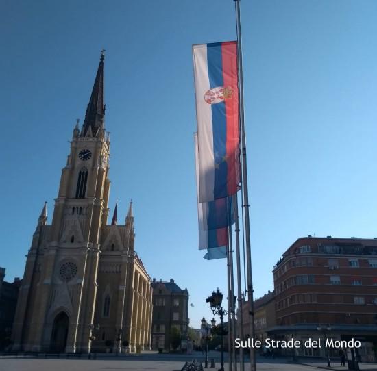 Bandiera serba a novi sad
