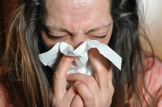 in caso di sintomi influenzali avvisare il capotreno