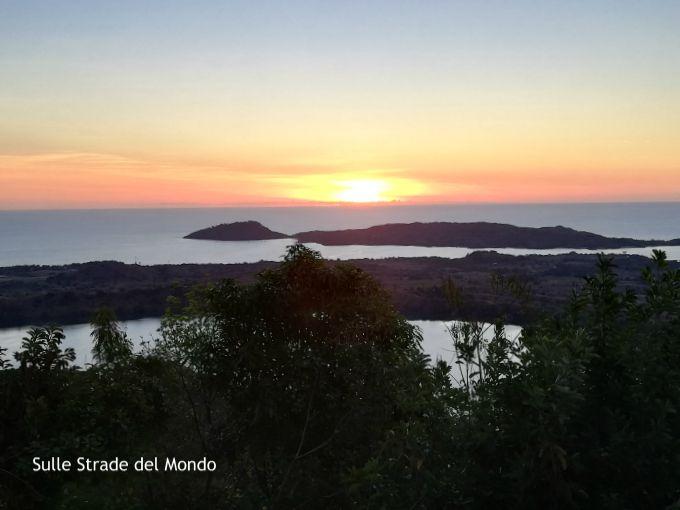 Il tramonto sul monte passot è cosa vedere a Nosy be