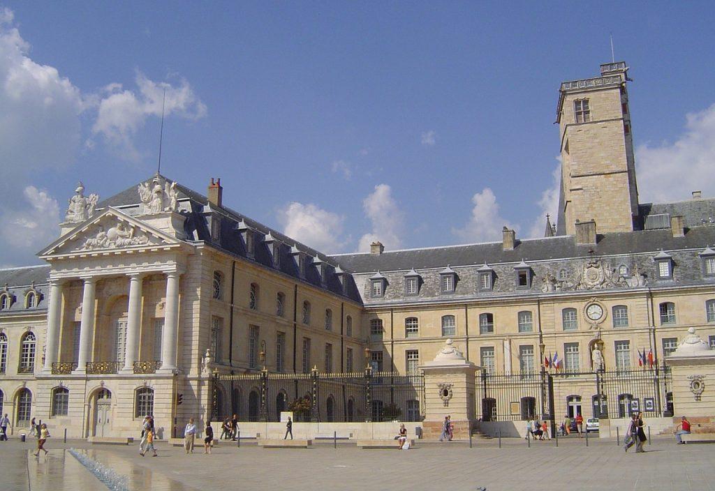 Il palazzo dei duchi di Borgogna è una cosa da vedere assolutamente a Digione