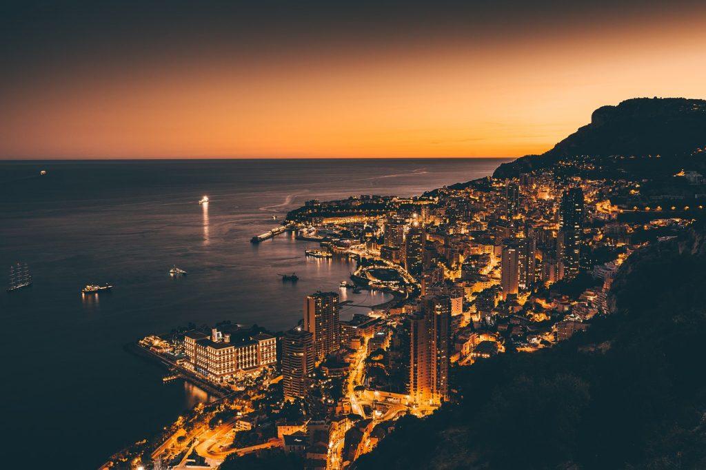 escursioni da Cannes, Monaco di notte