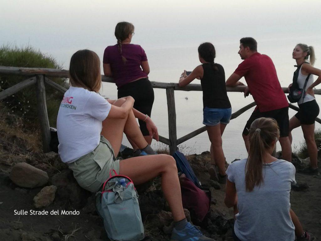 escursionisti sullo stromboli