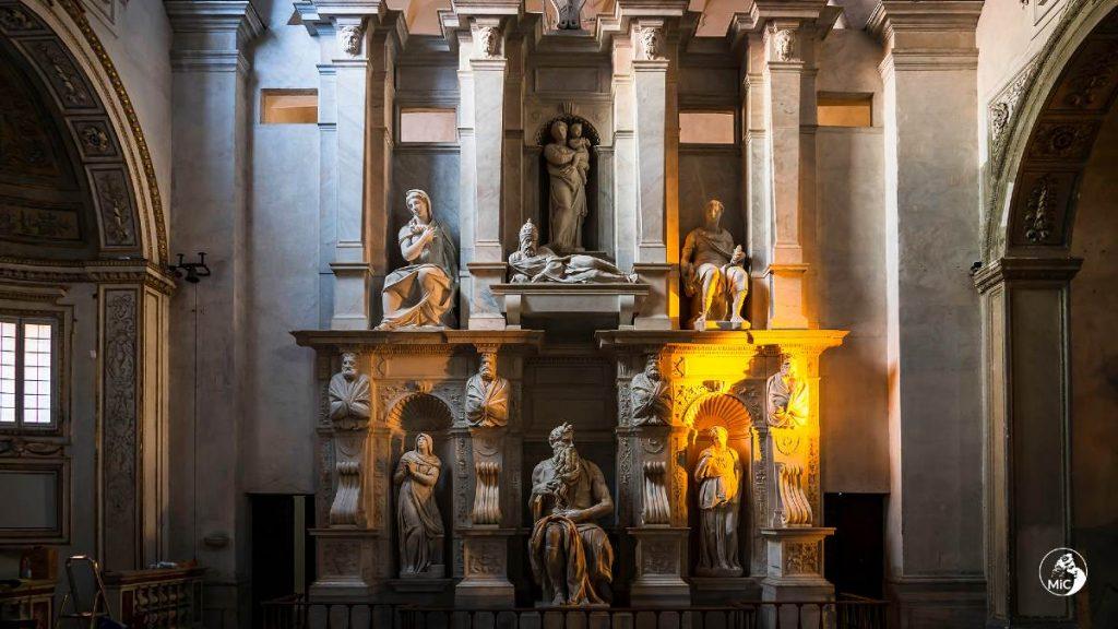 Monumento funebre di Giulio II Michelangelo, visione d'insieme