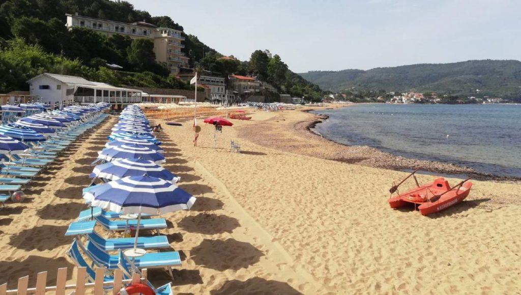Spiaggia Santa Maria di Castellabate, borgo Unesco della Campania