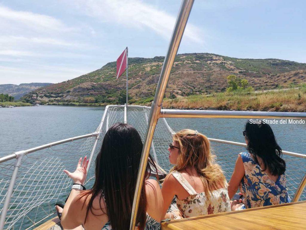Escursione in barca con Nautica Pinna