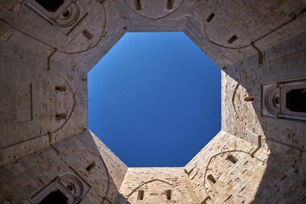 le geometrie di castel del monte